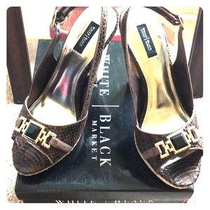 White House Black Market size 10 Tuscany heel